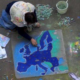 MOVIN'UP: MOBILITÀ PER GIOVANI ARTISTI ITALIANI NEL MONDO